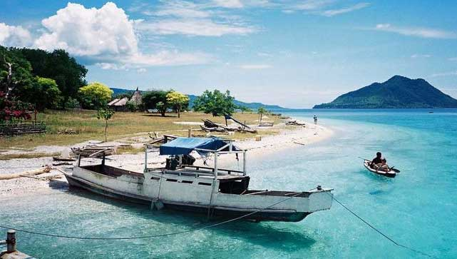 Gambar Pulau Alor