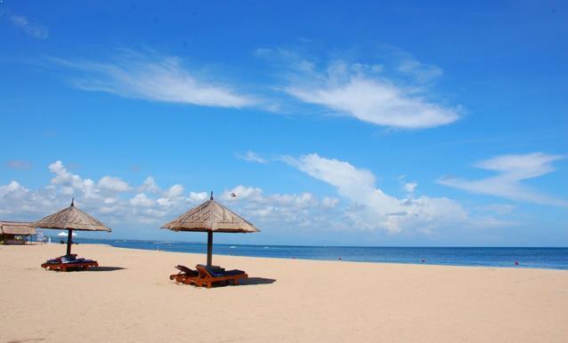 Pantai Nusa Dua Dewata Bali