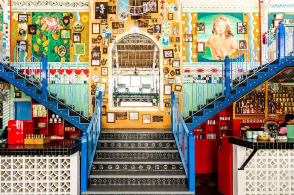 Tempat nongkrong seru di Motel Mexicola bali