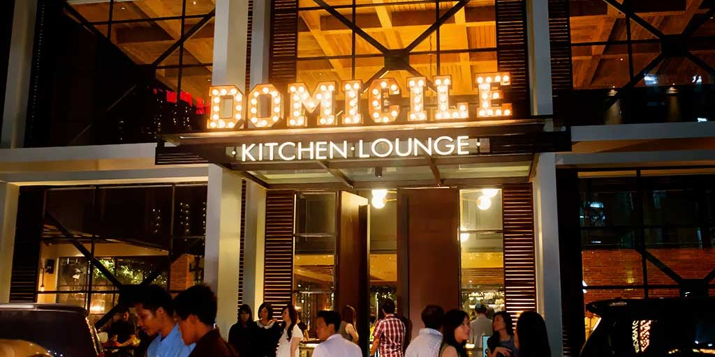 Domicile Kitchen dan Lounge
