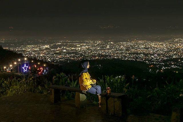 tempat wisata romantis bandung bukit moko