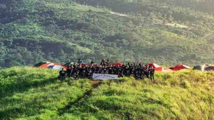 tempat wisata bandung bukit teletubbies cicalengka