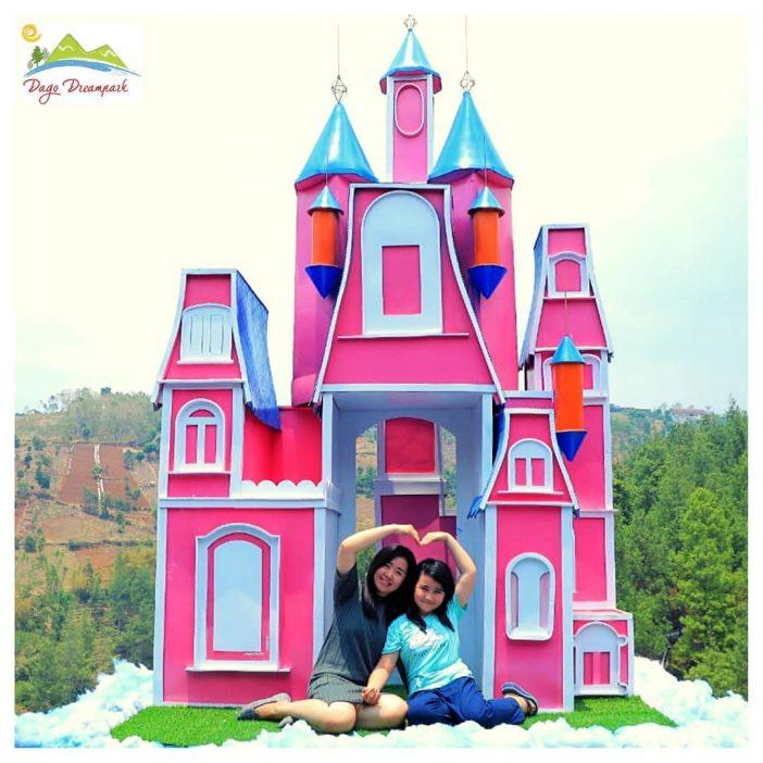 Cloudy Castle dago dream park