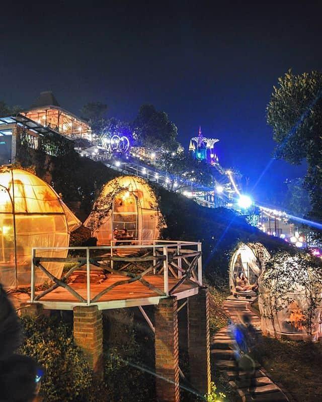 tempat wisata romantis bandung  tafso barn
