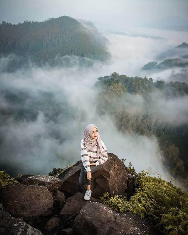 tempat wisata romantis bandung tebing keraton