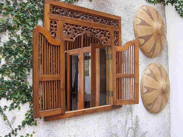 lubang angin diatas jendela
