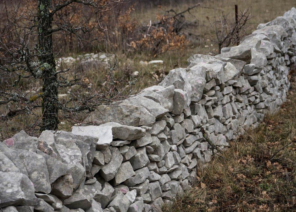 wall, stones, pondasi batu kali