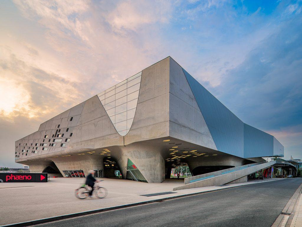Arsitektur Dekonstruksi