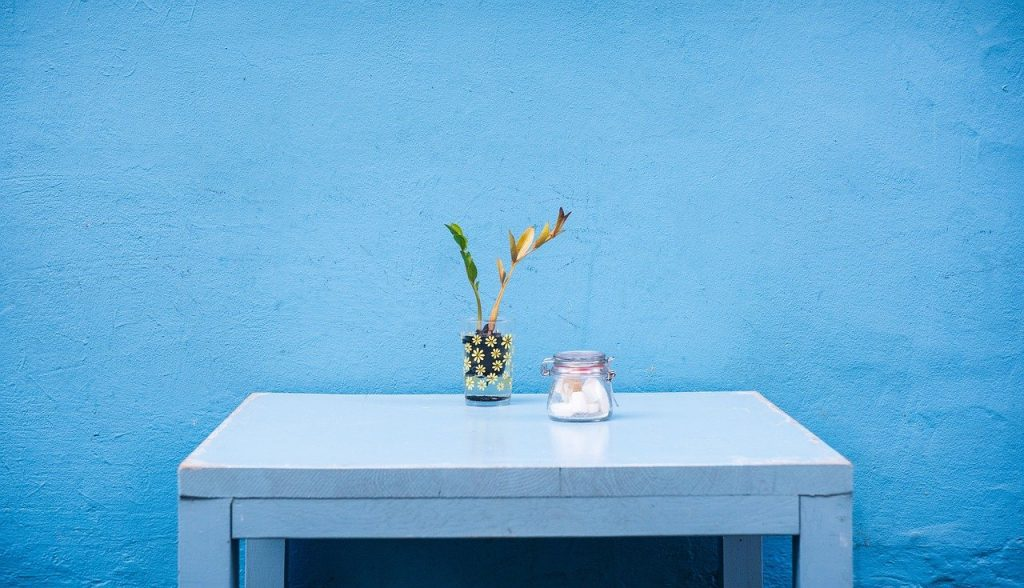 furniture, table, interior-731449.jpg