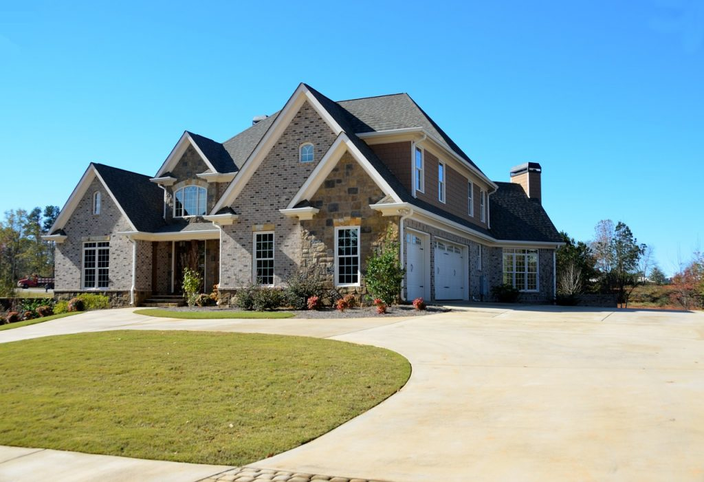 luxury home, upscale, architecture-2409518.jpg